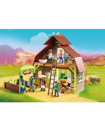 Playmobil Spirit Barn with Lucky, Pru & Abigail