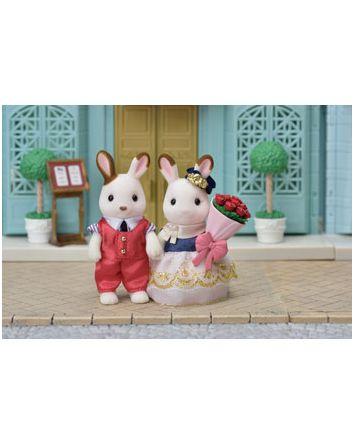 Sylvanian Families Cute Couple Set